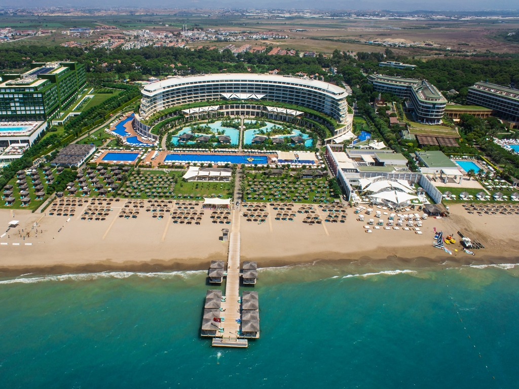 Maxx Royal Belek Golf Resort – Ahşap Silim İşi.