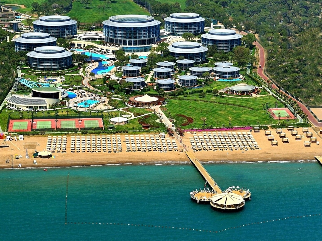 Calista Luxury Resort Belek – Çelik Boya İşi.